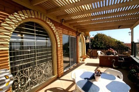 Spacious oceanview patio
