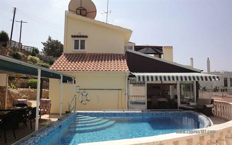 12-Chloraka-villa-for-sale-cyprus
