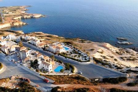 1-Sea-Caves-luxury-villa-Paphos