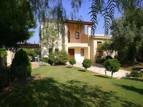 1-Villa-in Aphrodite-Hills-Paphos-CYprus