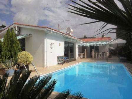 1-Peyia-bungalow-paphos-cyprus