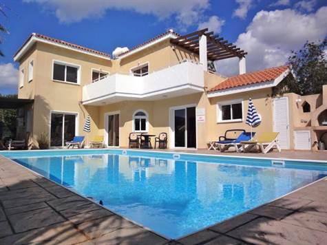 1-Coral-Bay-Villa-Paphos