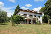 Homes for Sale in Lucca, Tuscany €1,000,000