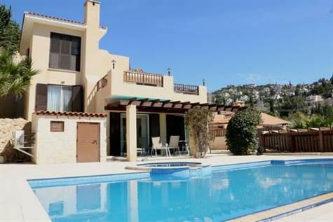 1-Kamares-villa-for-sale-cyprus