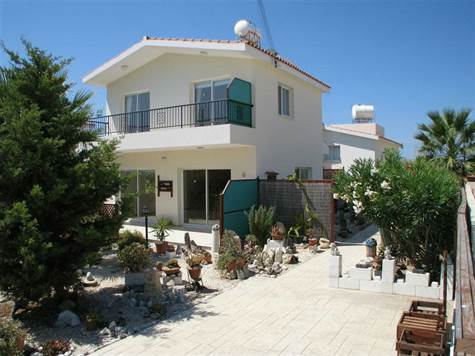 1-mandria-villa-for-sale-cyprus