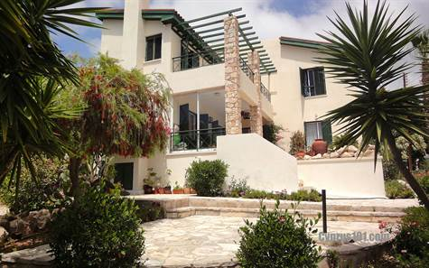 6-Peyia-Villa-for-sale-Cyprus