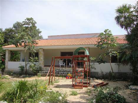 Home for Sale in Akumal, Quintana Roo $375,000