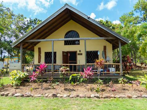 Home for Sale in Placencia, Belize $449,000