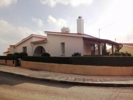 1-Tremithousa-bungalow-for-sale