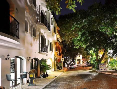 Playa Del Carmen Condo for Sale
