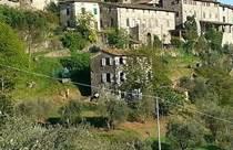 Homes for Sale in Borgo A Mozzano , Lucca, Tuscany €330,000