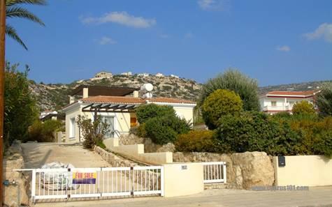 1-Peyia-bungalow-Paphos-Cyprus