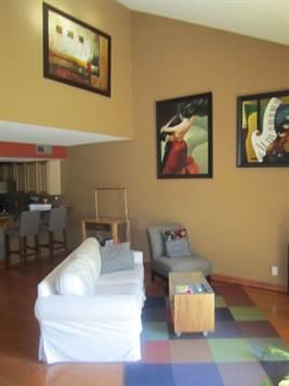 Home for Sale in Calabasas, San Fernando Valley, California $314,990