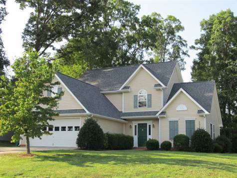 Beautiful home in wooded setting