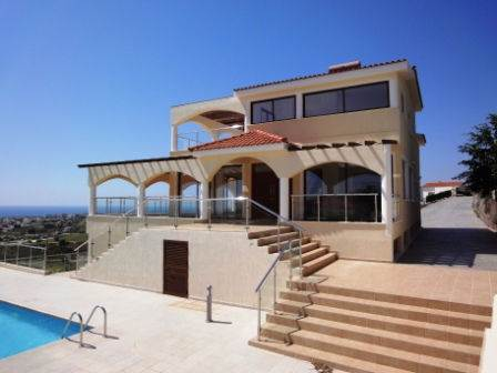 1-Coral-Bay-Luxury-Villa-Paphos-Cyprus