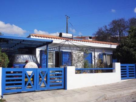 1-Tala-bungalow-for-sale
