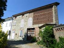 Homes for Sale in Capannori, Lucca, Tuscany €300,000