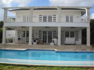 Punta Cana Luxury Villa For Sale   4 BDR 400 m2    Punta Cana Resort, Dominican Republic