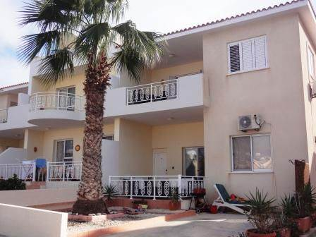 1-Kato-Paphos-top-floor-apartment