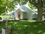 200 School House Road -12 minute Drive from Belleville