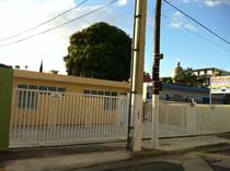 Multifamily Dwellings for Sale in Pueblo, Mayaguez, Puerto Rico $200,000