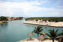 Condos for Sale in Puerto Aventuras, Quintana Roo $640,000