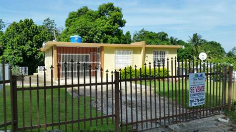 Home for Rent/Lease in Voladoras, Moca, Puerto Rico $400 monthly