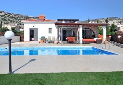 Villa in Paphos Cyprus for sale