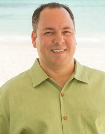 Scott Medina  REALTOR® International