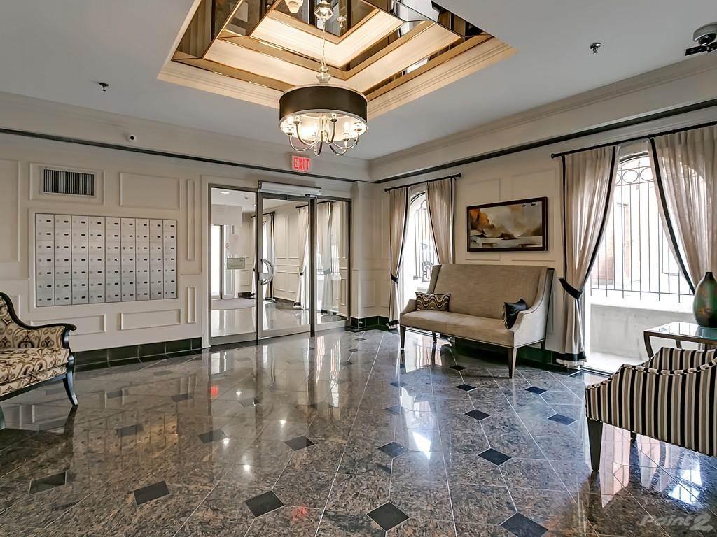 415 Locust Street in Burlington - Condo For Sale : MLS# h4098223 Photo 4