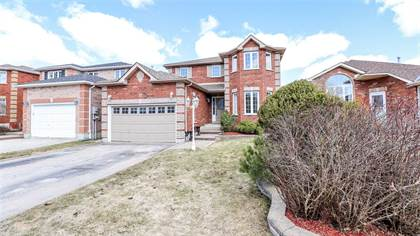 17 Crompton Dr Barrie Ontario $597,777