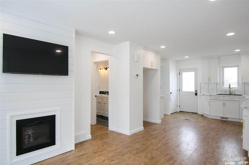 247 Maple Avenue in Yorkton - House For Sale : MLS# sk842844 Photo 8
