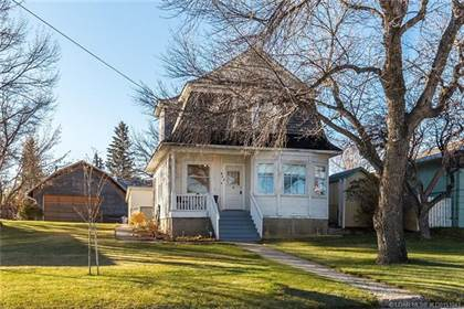 House for Sale 452 22 Street, Fort Macleod, AB
