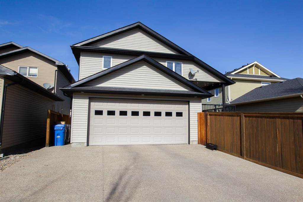 218 Riverstone Boulevard W in Lethbridge - House For Sale : MLS# a1087662 Photo 2