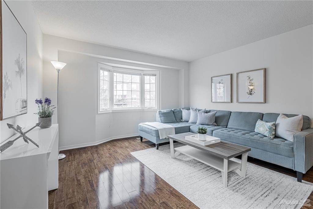 6950 Tenth Line W in Mississauga - Condo For Sale : MLS# h4099893 Photo 6