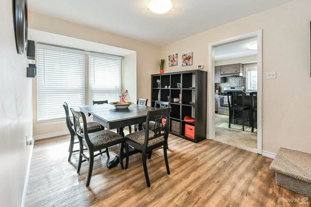 28 Clifford Street in Hamilton - House For Sale : MLS# h4099018 Photo 12