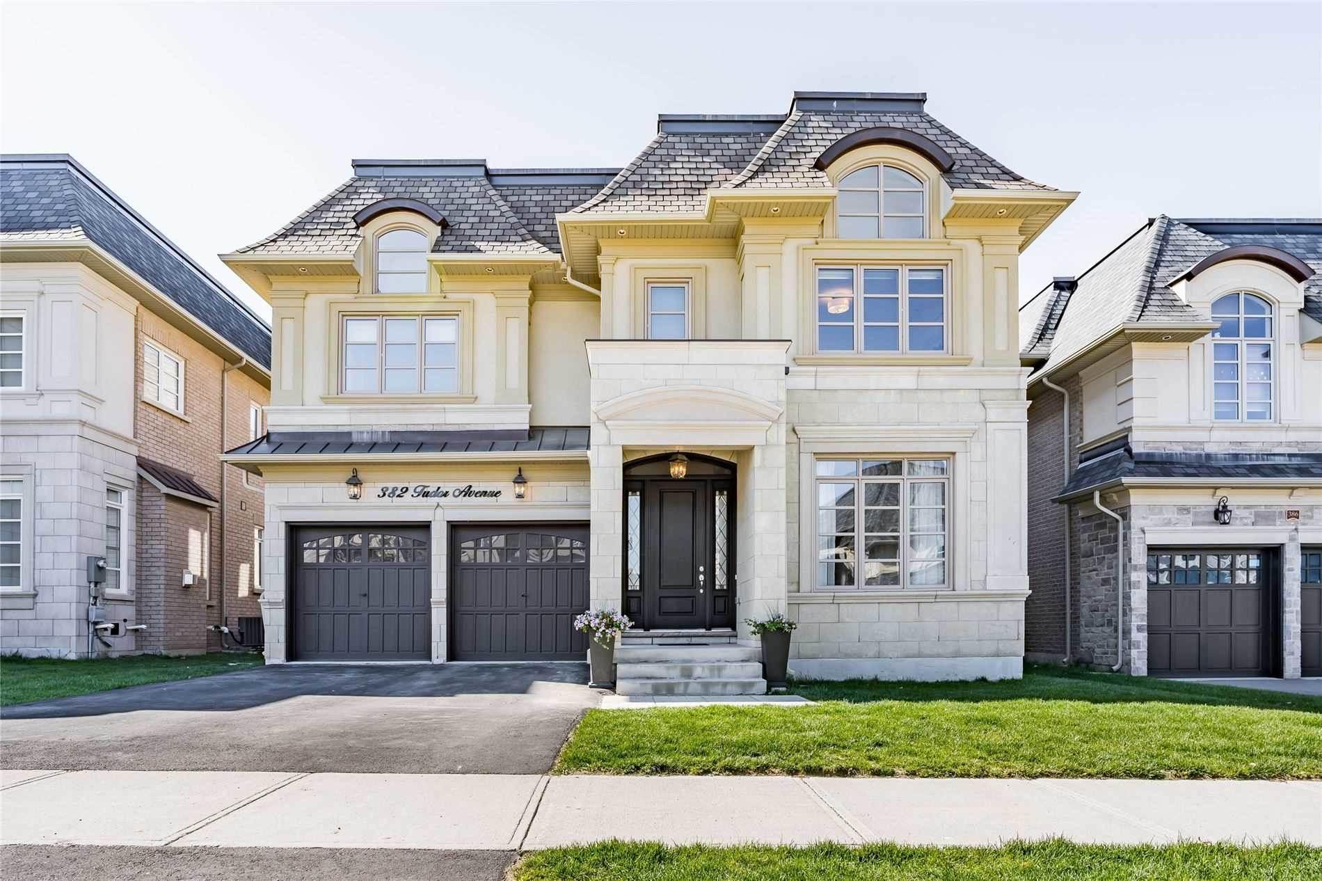 382 Tudor Ave, Oakville, Ontario