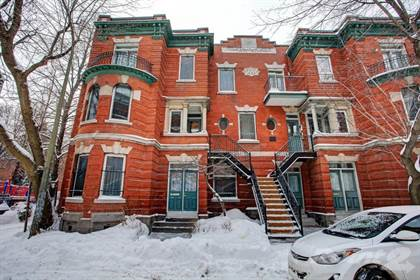 House For Sale 3550 Rue Clark, Montréal, QC