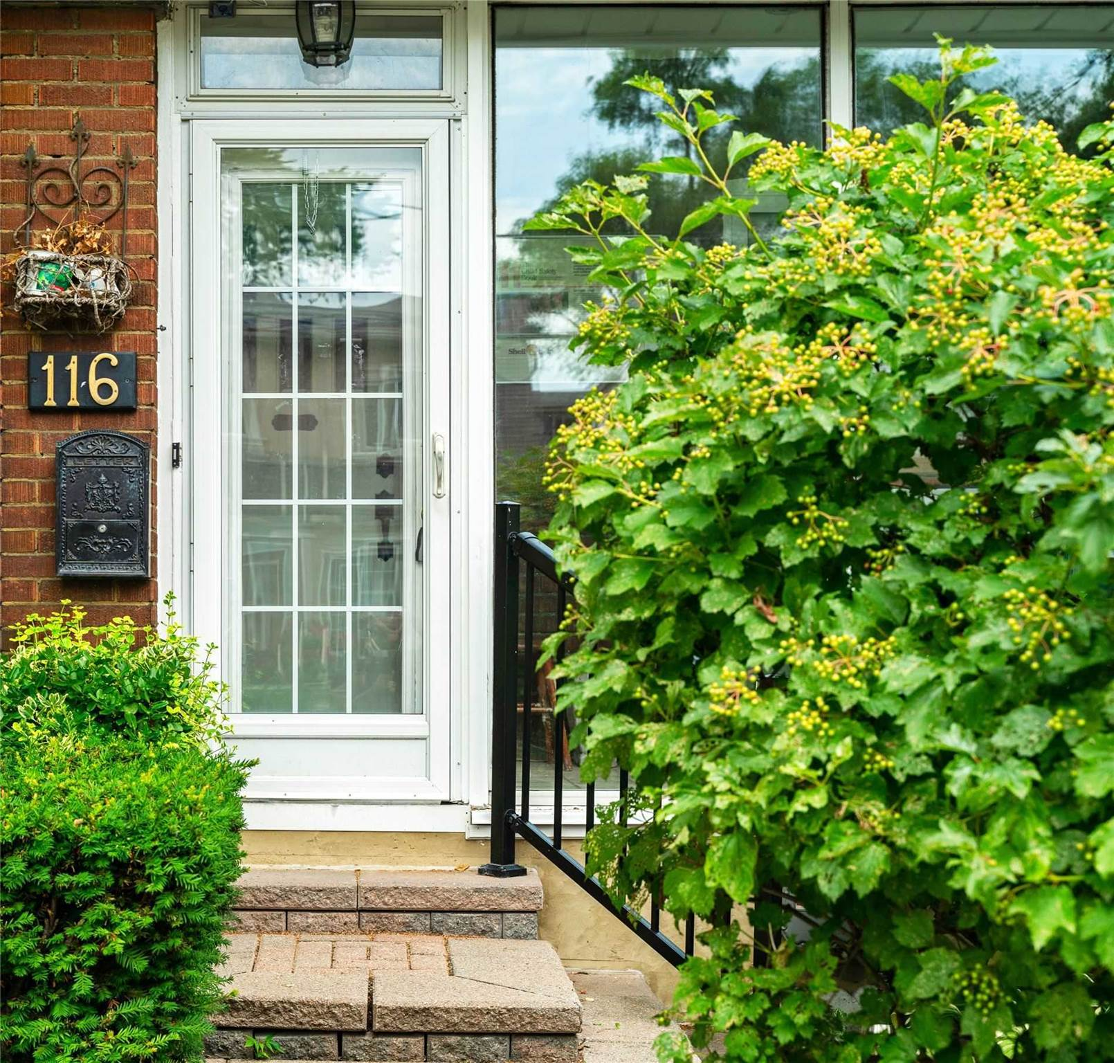 116 Mortimer Ave, Toronto, Ontario, For Sale