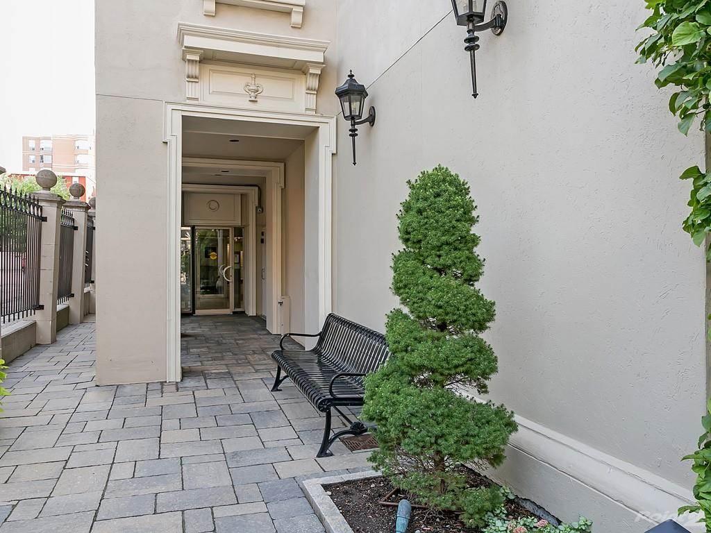 415 Locust Street in Burlington - Condo For Sale : MLS# h4098223 Photo 25