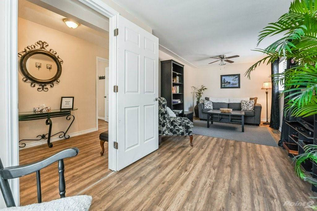28 Clifford Street in Hamilton - House For Sale : MLS# h4099018 Photo 9