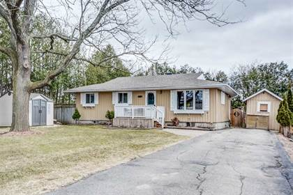 House  in 332 Christopher St, East Gwillimbury, Ontario, L9N1K8