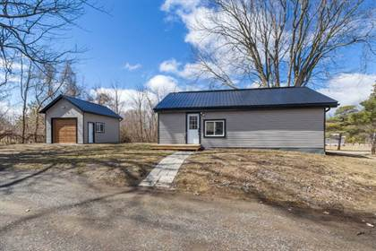 House  in 88 Centre St, Scugog, Ontario, L0B1E0