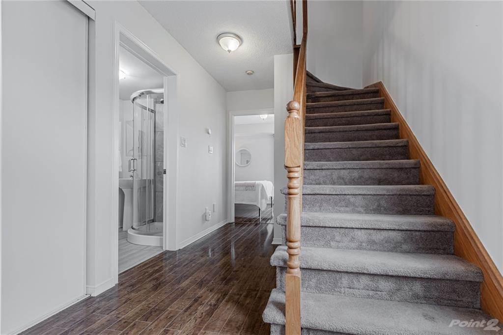 6950 Tenth Line W in Mississauga - Condo For Sale : MLS# h4099893 Photo 13