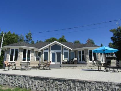 House  in 47 China Cove Road, Tobermory, Ontario, N0H2R0
