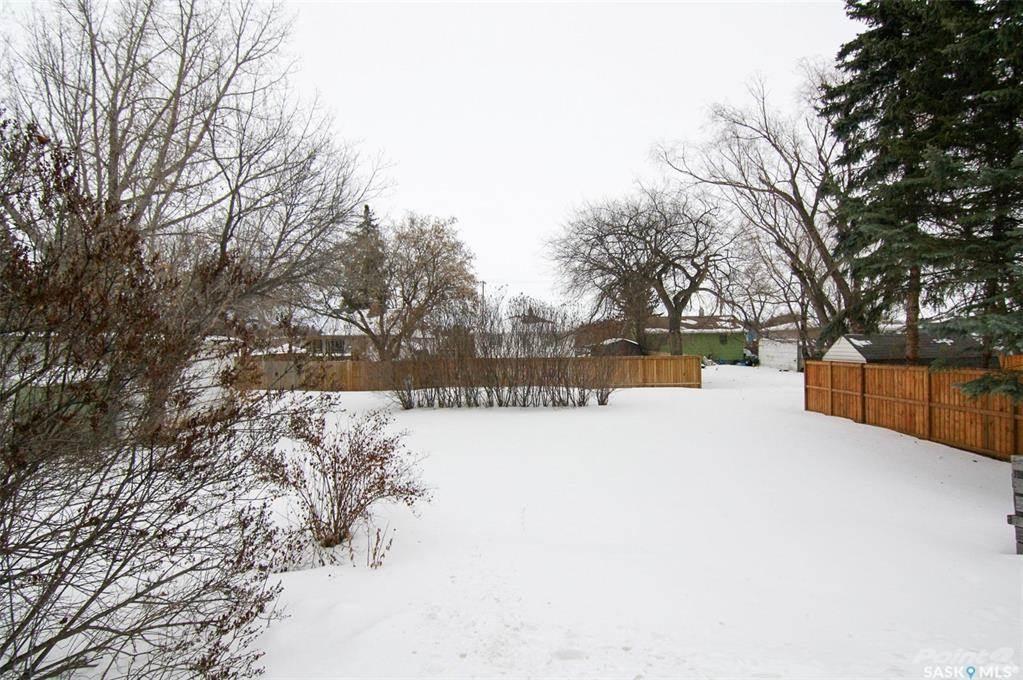 247 Maple Avenue in Yorkton - House For Sale : MLS# sk842844 Photo 33