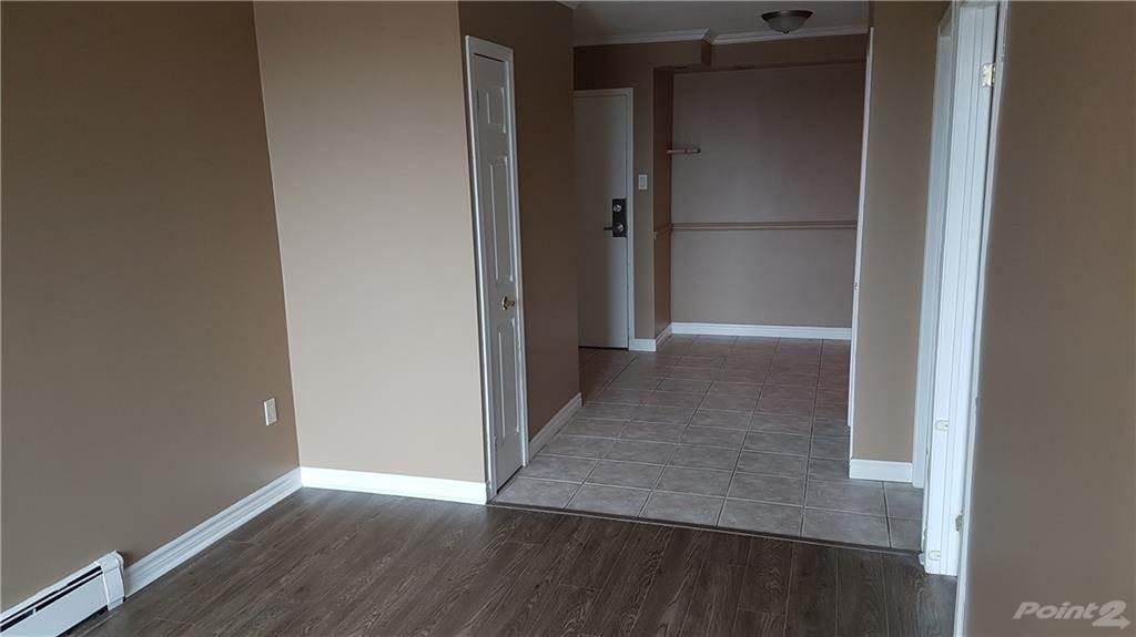 30 Summit Avenue in Hamilton - Condo For Sale : MLS# h4102366 Photo 7