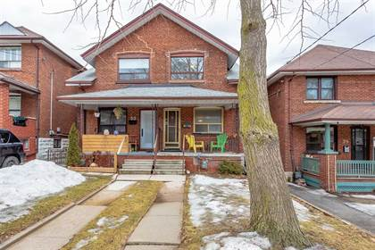 House for Sale 31 Rains Ave Toronto Ontario $719,000