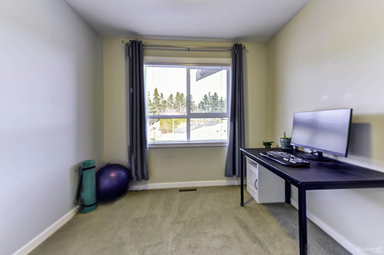 625 Boynton Place in Kelowna - Multifamily For Sale : MLS# 10221871 Photo 26