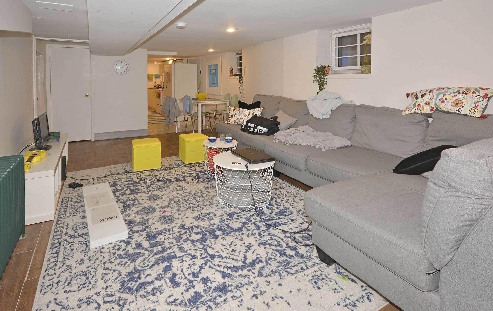 173 Parkside Dr, Toronto House For Sale